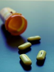 bottle-of-opioid-pills